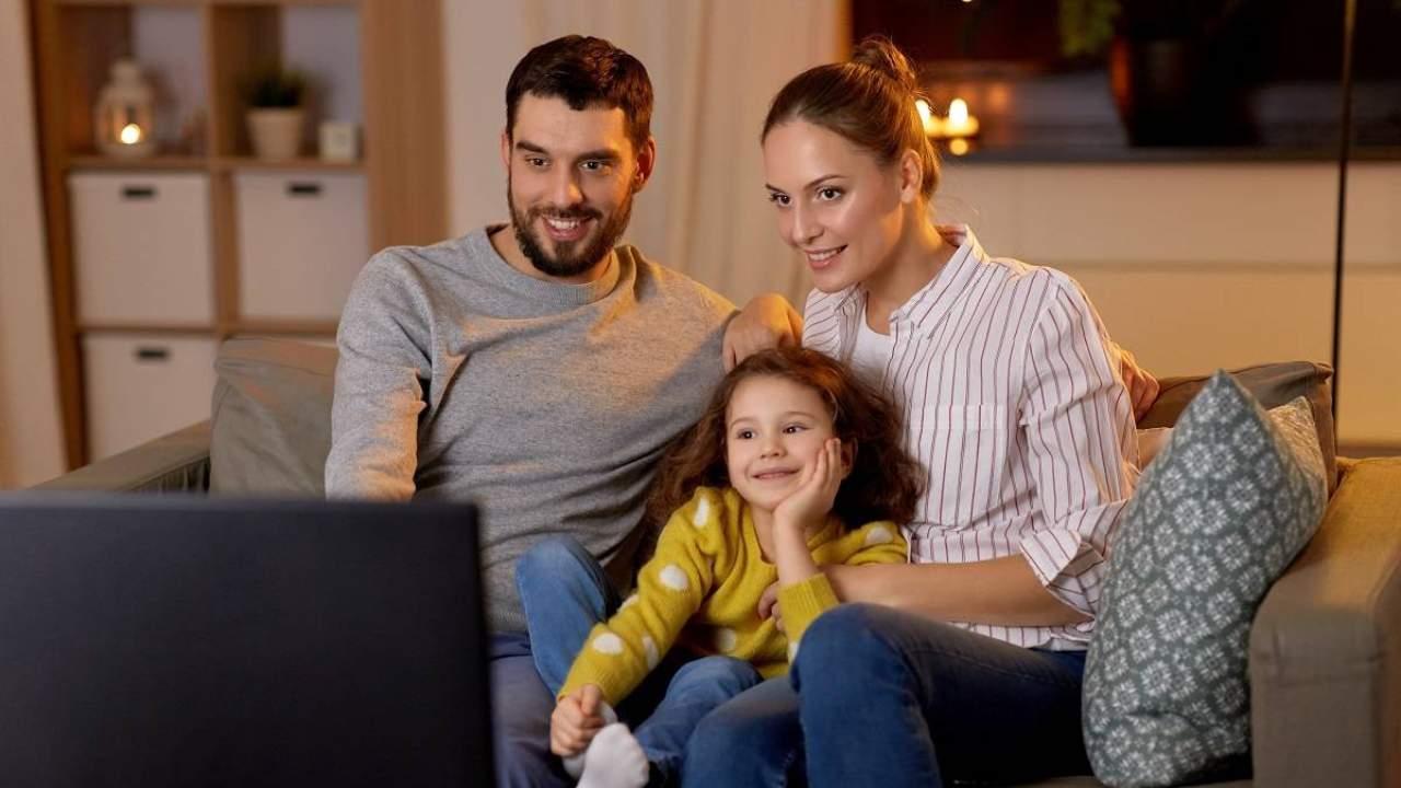 guardare in tv (web source)