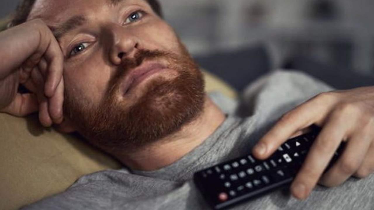 guardare la tv (web source) (5)