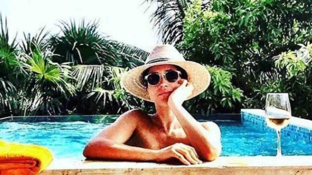 Meghan Markle in piscina